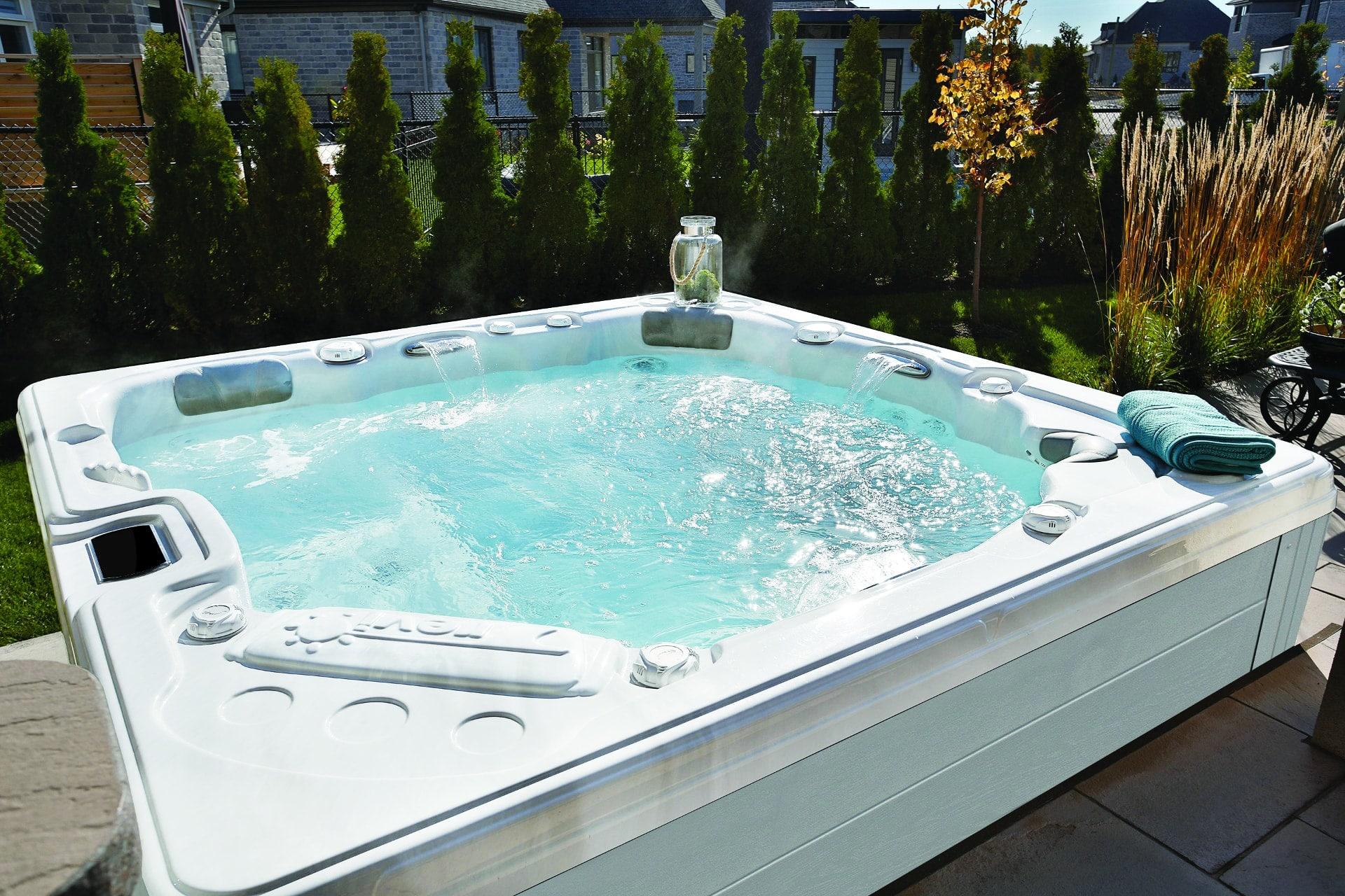 comment choisir son spa jacuzzi exterieur ibiza spa. Black Bedroom Furniture Sets. Home Design Ideas