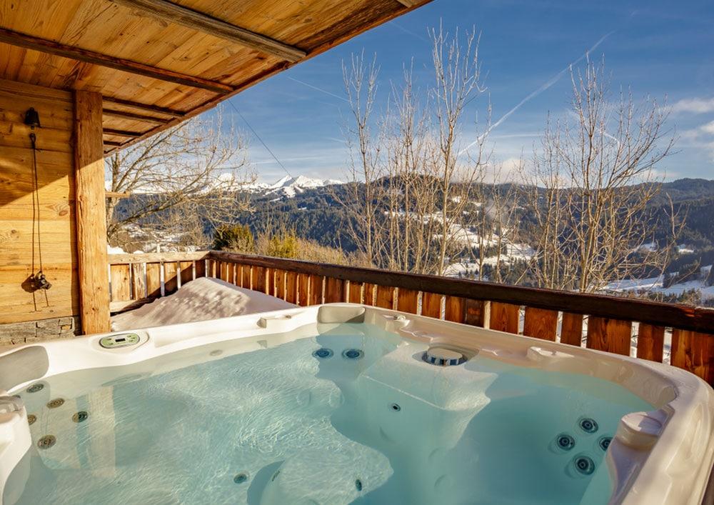 Spa en hiver dans la montagne