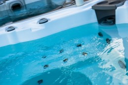 Comment nettoyer la tuyauterie de son spa